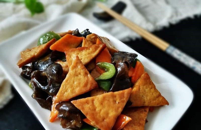 Home style Stir-Fried Tofu  家常豆腐 Image