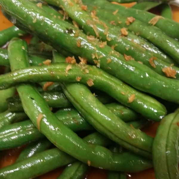 GREEN BEAN WITH GARLIC