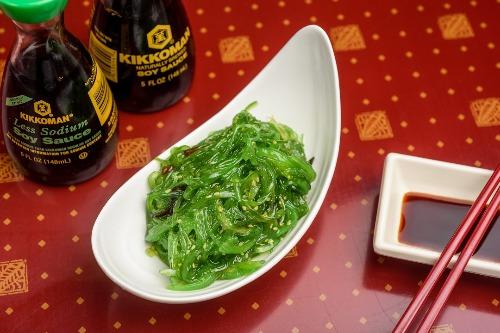 S 6. Seaweed Salad