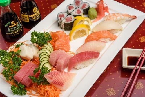 Sushi & Sashimi Combo Image