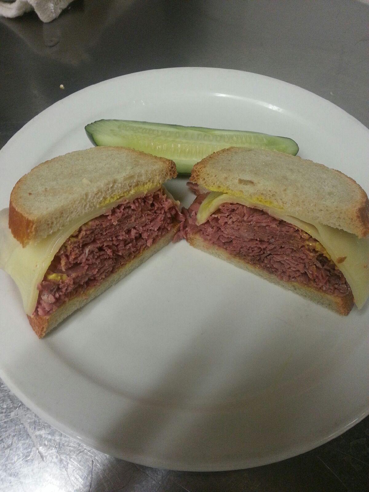 #1 1/2 Duane's Corned Beef Image
