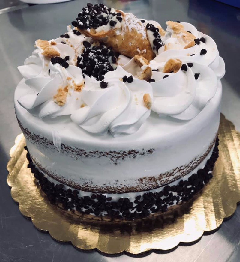 Cannoli Cake Image