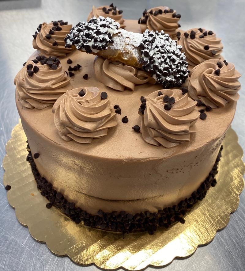 Chocolate Cannoli Cake (8in Round) Image
