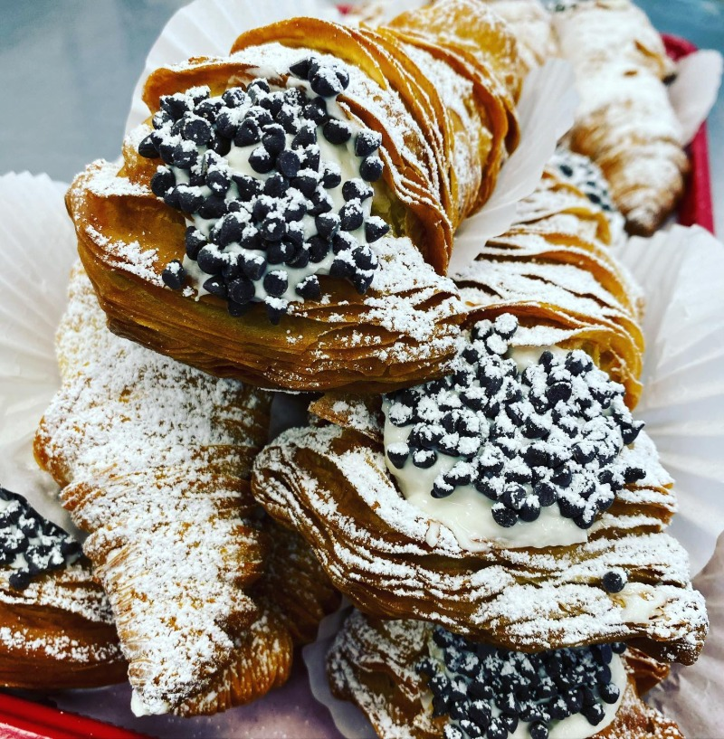Cannoli Lobster Tail