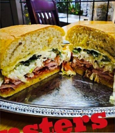 FULL MONSTER SANDWICH