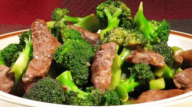 99. Beef w. Broccoli