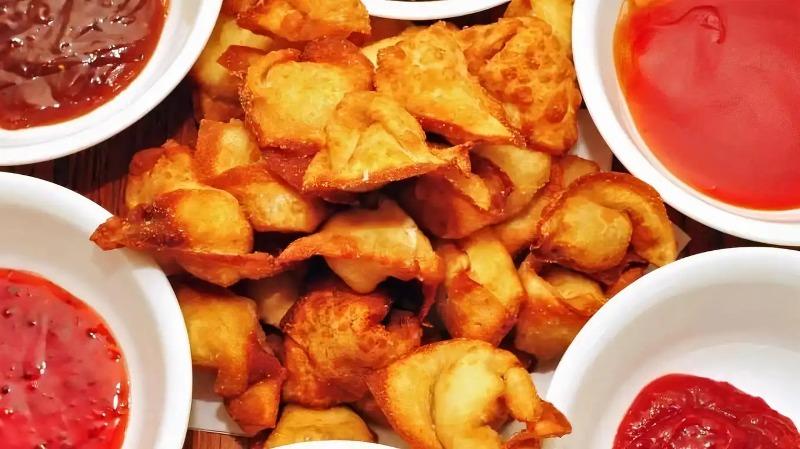 9. Fried Wonton (8) (Pork) Image