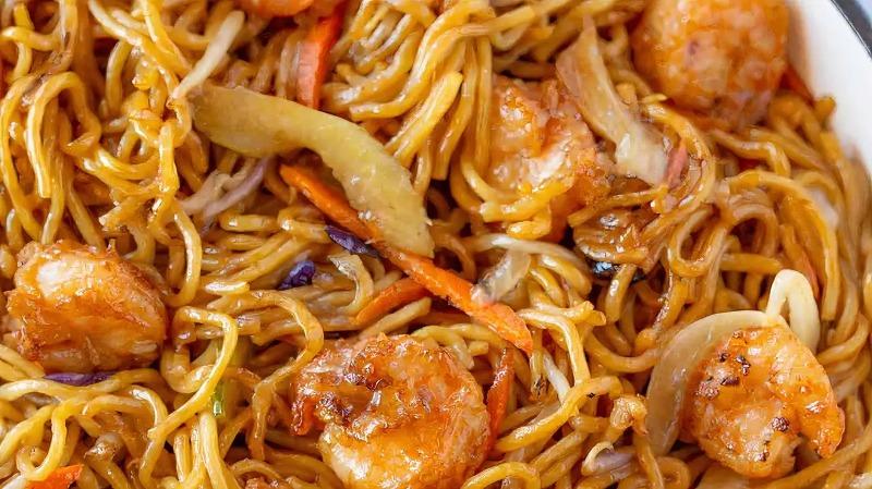 32. Shrimp Lo Mein