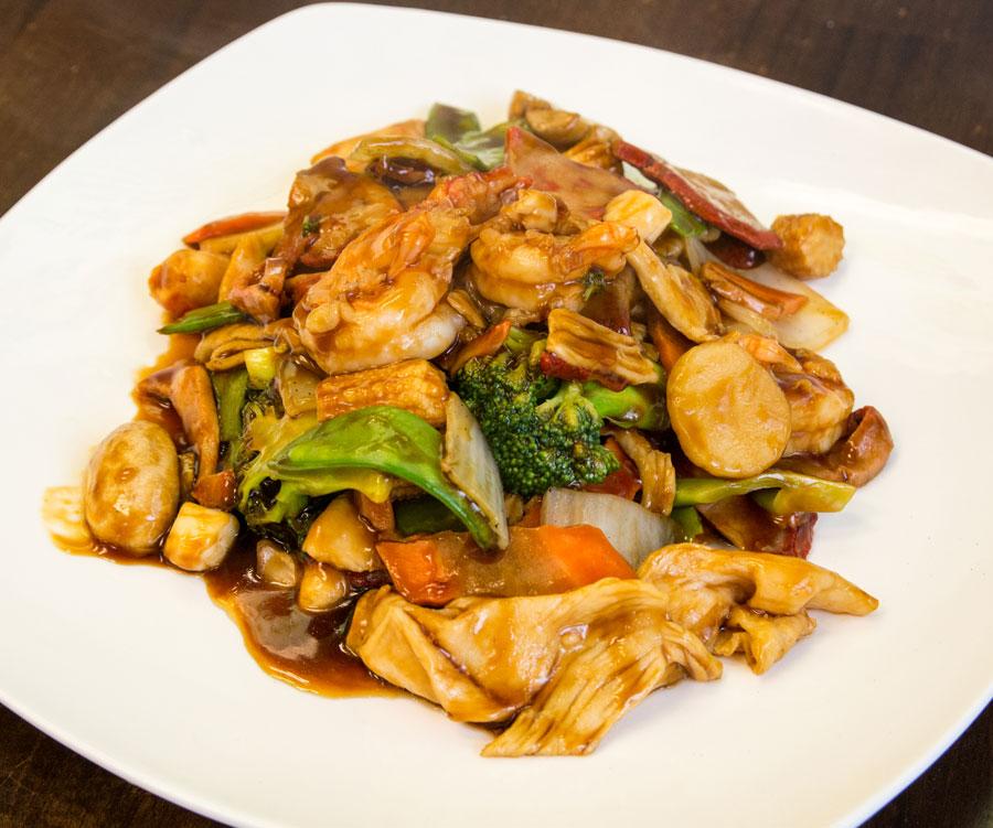 124. Shrimp with Chinese Veg Image