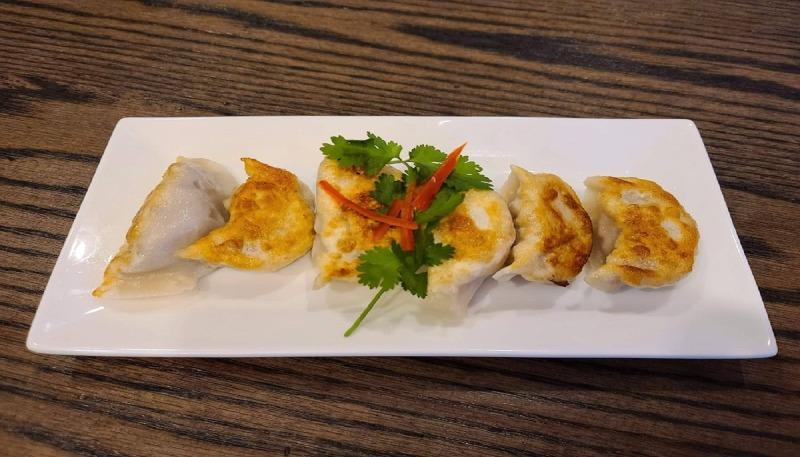 17b. Fried Shrimp Dumplings (6) 虾贴 Image