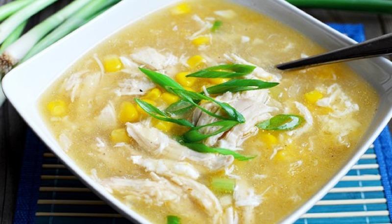 27. Minced Chicken w. Corn Soup (For 2) 玉米鸡汤
