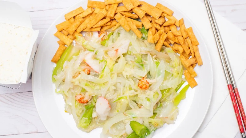 48. Lobster Chow Mein 龙虾炒面