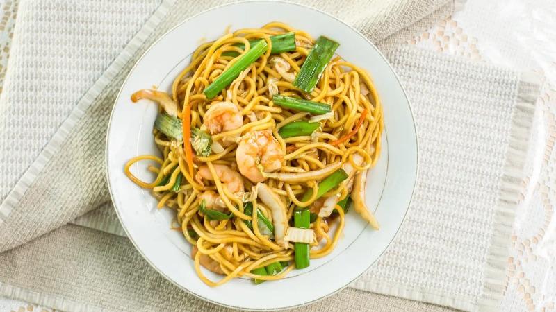 40. Shrimp Lo Mein 虾捞面 Image