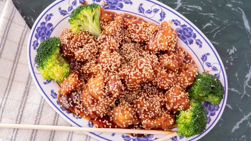 SH18. Sesame Chicken 芝麻鸡 Image
