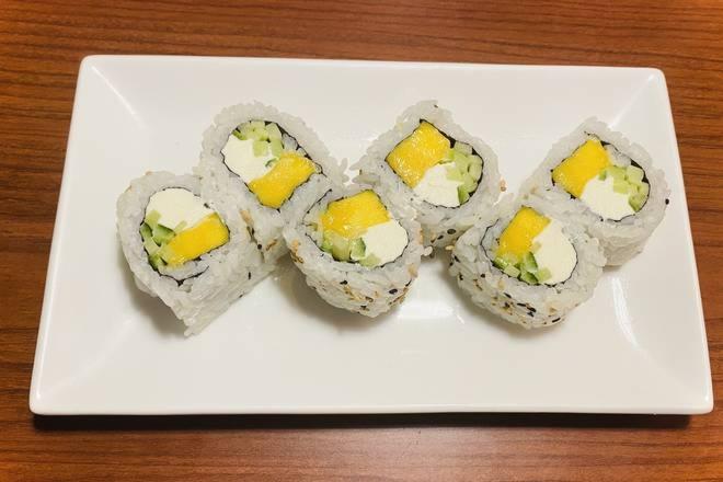 Mango, Cucumber & Cream Cheese Roll Image