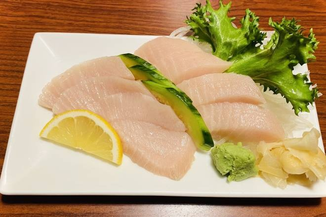 Toro Sashimi (8 pcs)