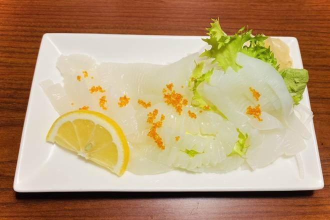 Ika Sashimi [Squid] (8 pcs)
