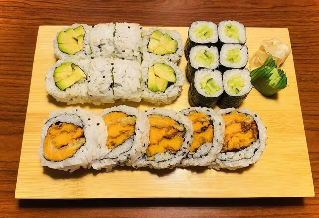 Vege Sushi Combo 19 pcs Image