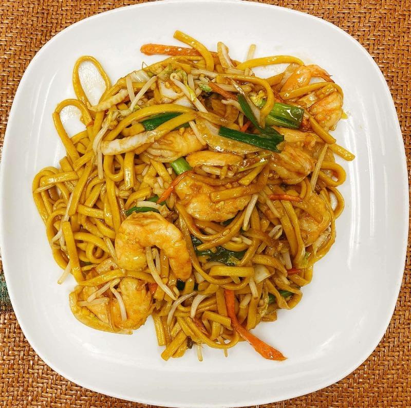 R4. Shrimp Lo Mein