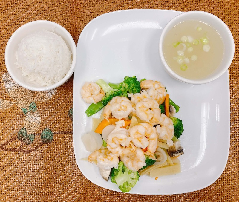 HO4. Mixed Vegetable with Shrimp Image