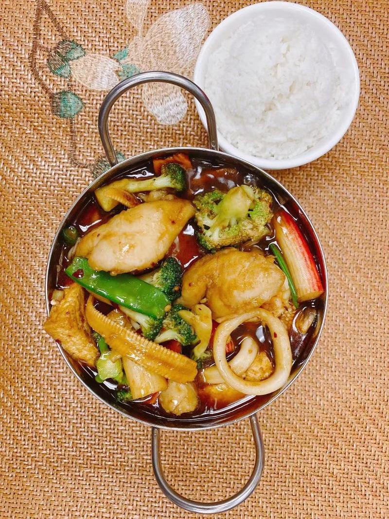 Seafood Tofu Pot Image