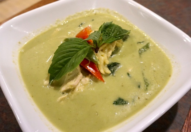 L-10 Green Curry Image