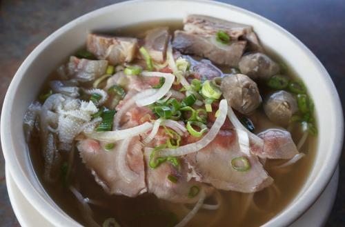 Beef Combination Noodle Soup - Pho Quyen Dac Biet Image