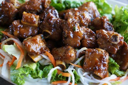 Cooked Short Pork Ribs- Suon Non Kho Mam Image