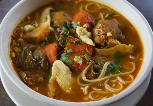 Mild Curry & Coconut Cream Chicken Noodle Soup- Bun Cari Ga Image