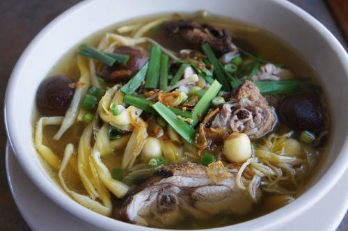 Roasted Duck Legs Noodle Soup- Mi hoac Hu Tieu Vit Tiem