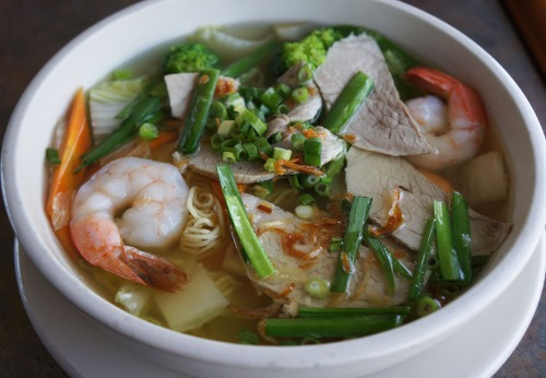 Shrimp and Pork Noodle Soup- Mi hoac Hu Tieu Tom Thit Image