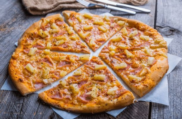 Hawaiian Pizza Image