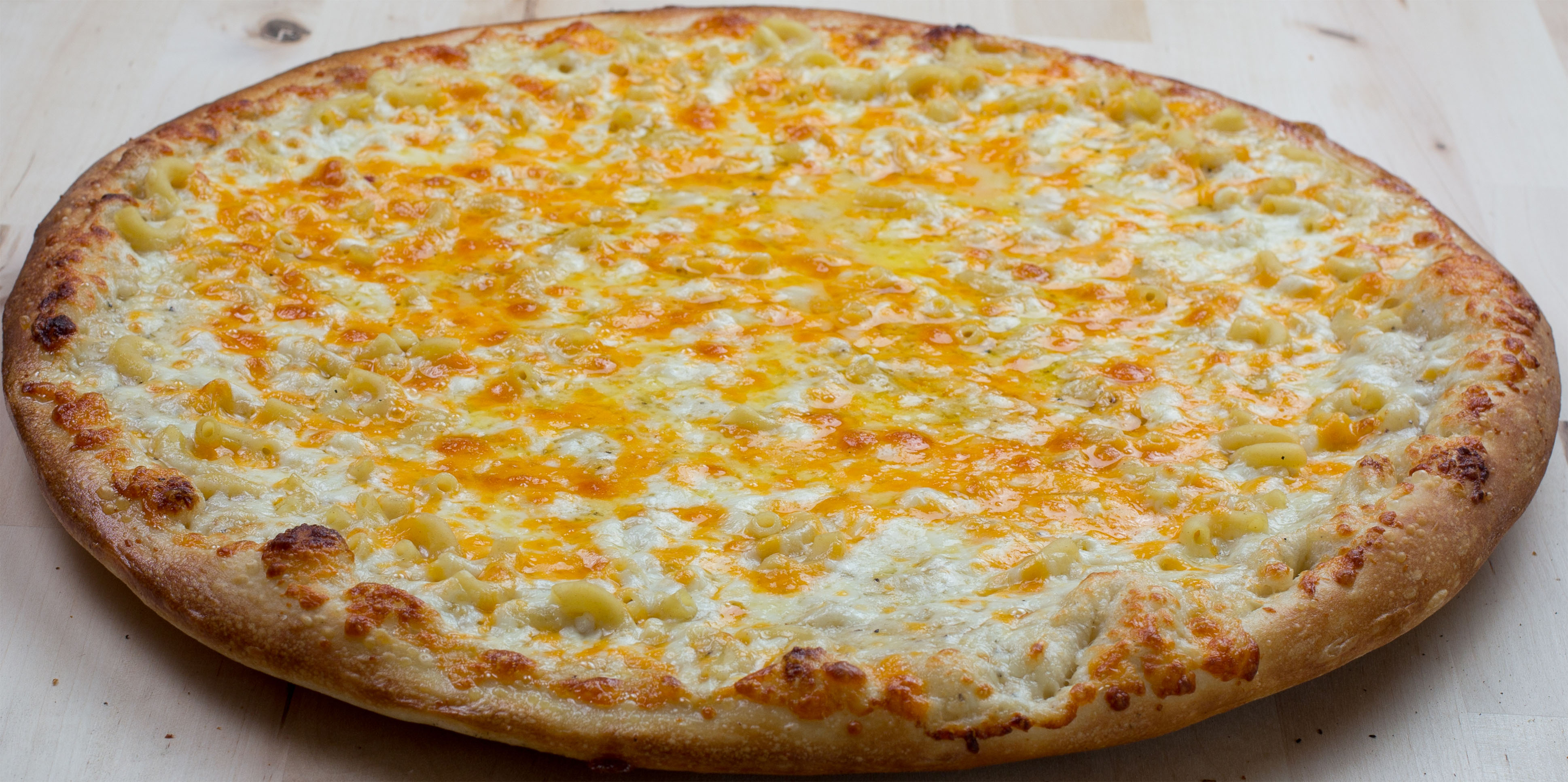 Mac & Cheese Pizza Image