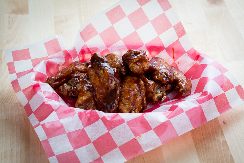 Wed: 10 FREE Extreme Wings with $20 purchase: CODE: WEDWINGS Image