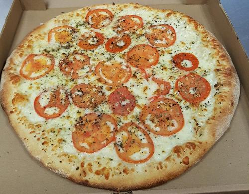 Tomato & Basil Pizza Image