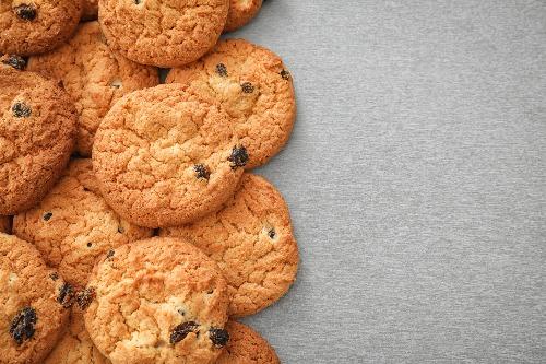 Oatmeal Raisin Cookies (2)