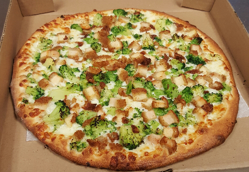 #6 Chicken-broccoli Pizza Image