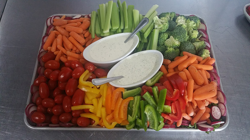 Seasonal Fresh Vegetable Tray Image