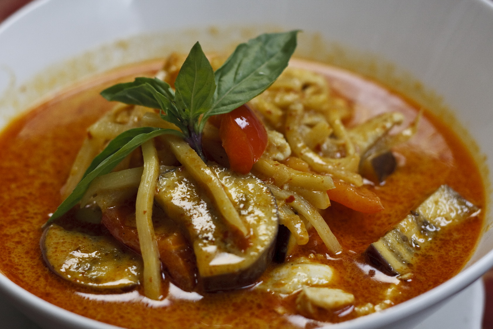 (38) Red Curry Image