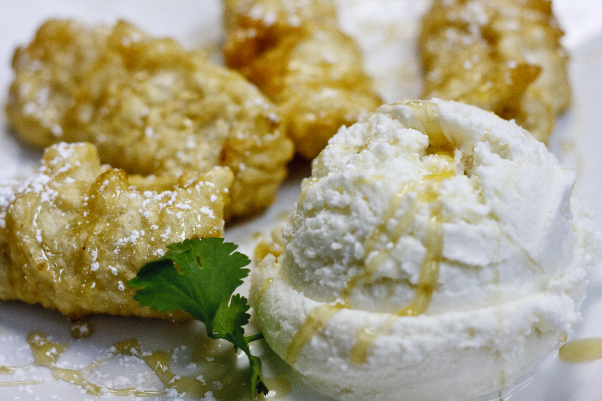 (59) Fried Banana with Coconut Ice Cream Image