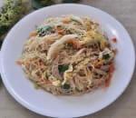 台式炒米粉 Sautéed Rice Noodle Taiwanese Style w. Pork