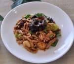 鱼香肉丝 Shredded Pork w. Garlic Sauce Image