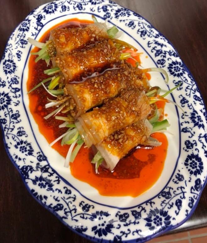 3. Sliced Pork Belly w. Fresh Garlic (Cold) 蒜泥白肉卷 Image