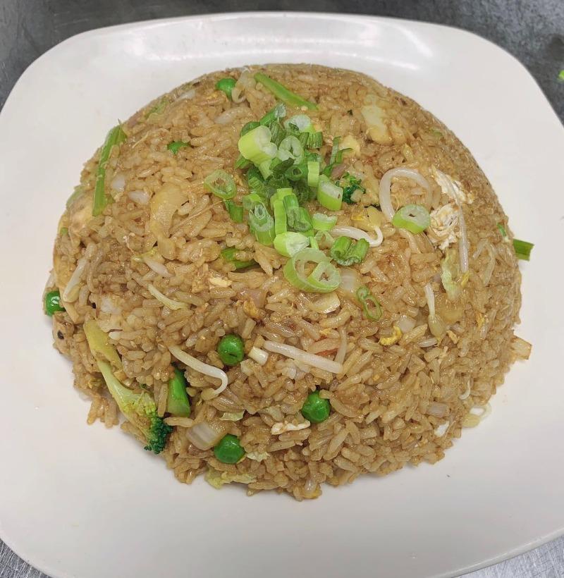 37. Vegetable Fried Rice 菜炒饭 Image