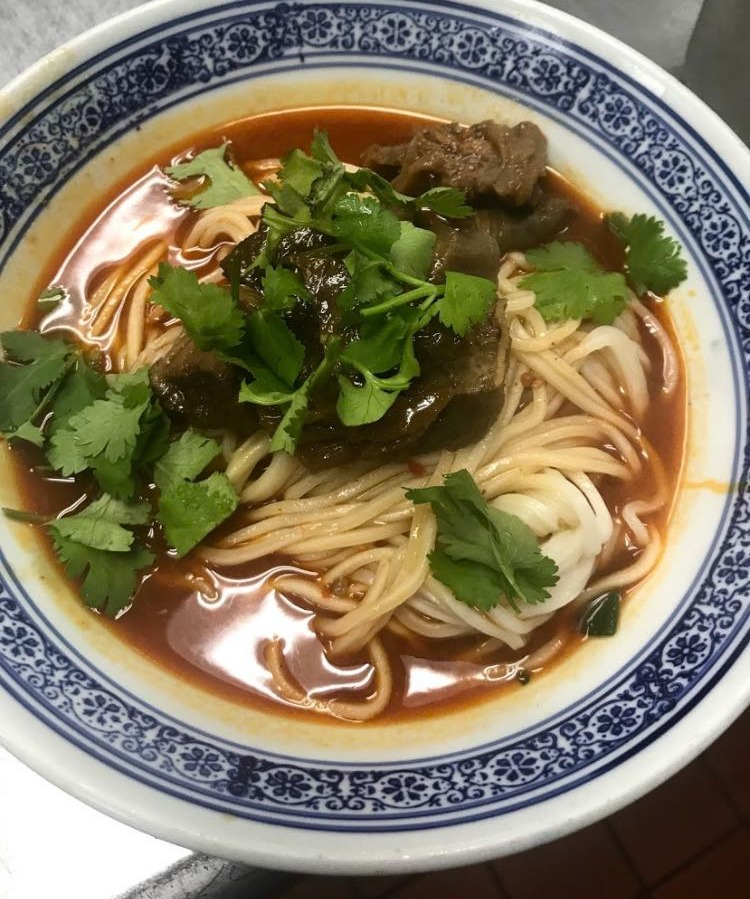 51. Noodle w. Beef 红烧牛腩面 Image