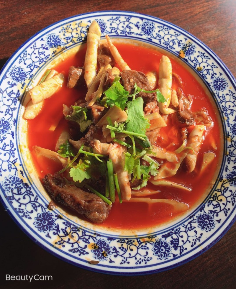 111. Braised Beef Tendon Bamboo Tips 竹笋烧牛腩 Image