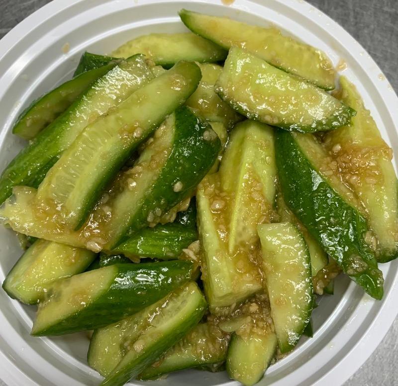 12. Cucumber Not Spicy 脆口黄瓜 (不辣) Image