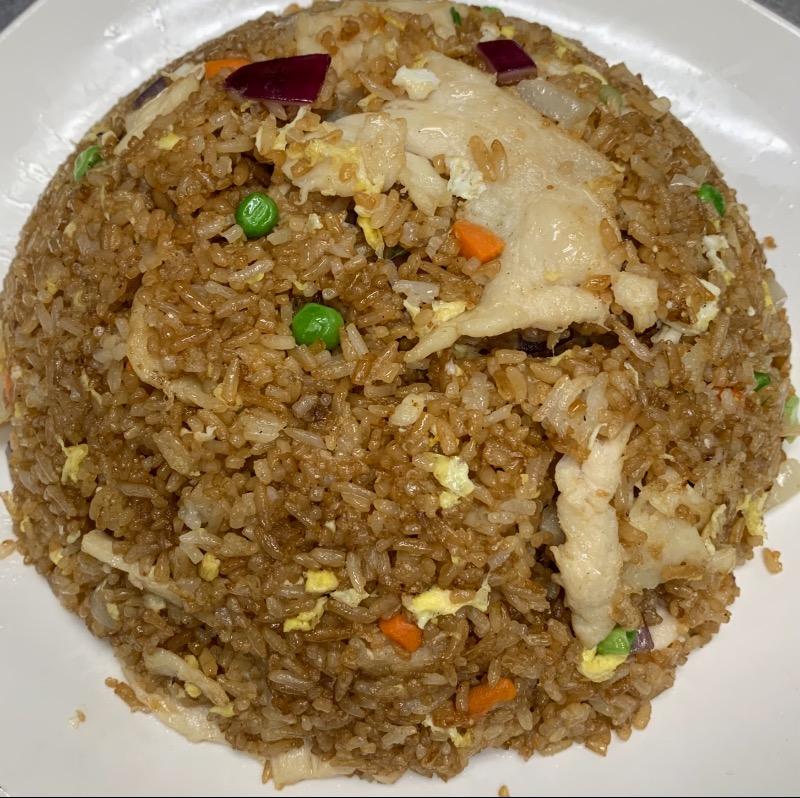 34. Shredded Chicken Fried Rice 鸡丝炒饭 Image