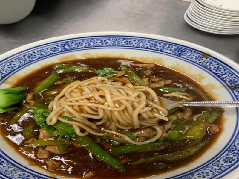 53. Shredded Pork Pepper Noodle 小椒肉丝面 Image