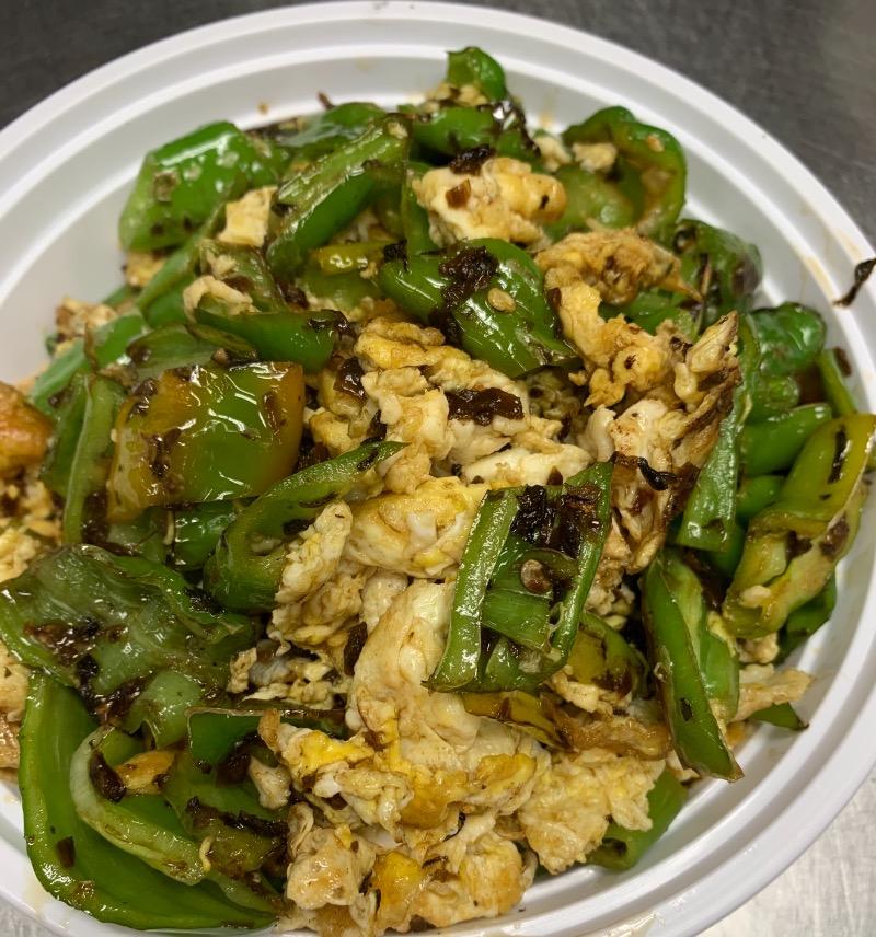 61. Stir Fried Egg w. Pepper Sprouts 尖椒芽菜炒鸡蛋
